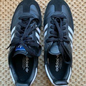 Adidas Sambas (EUC) - 5.5 (men's 4.5)